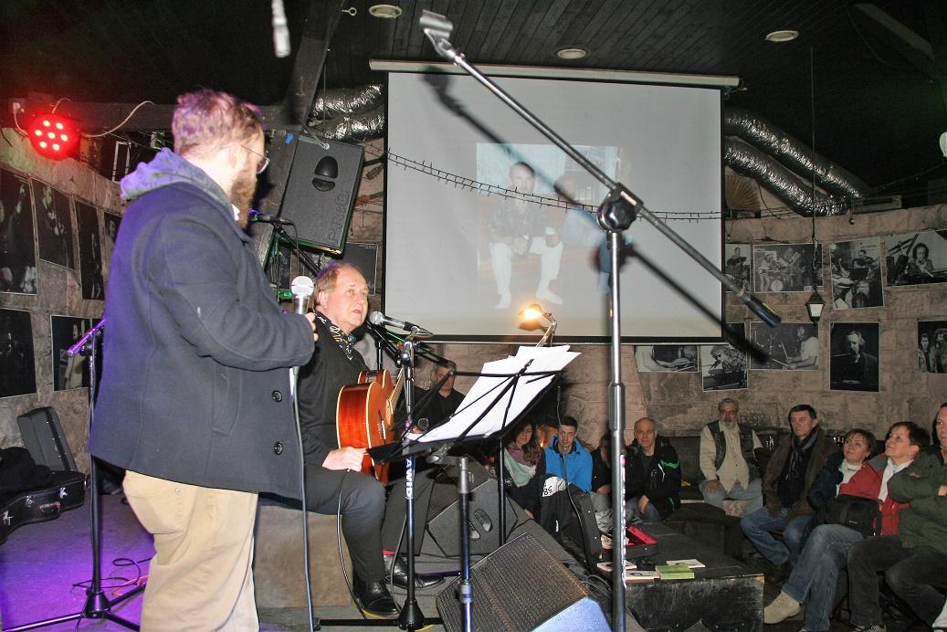 Przeglądasz zdjącia z koncertu: 2019-01-25 'TOLUŚ (after) PARTY'