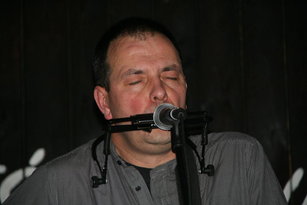Przeglądasz zdjącia z koncertu: 2011-12-17 'Słodki Całus od Buby'