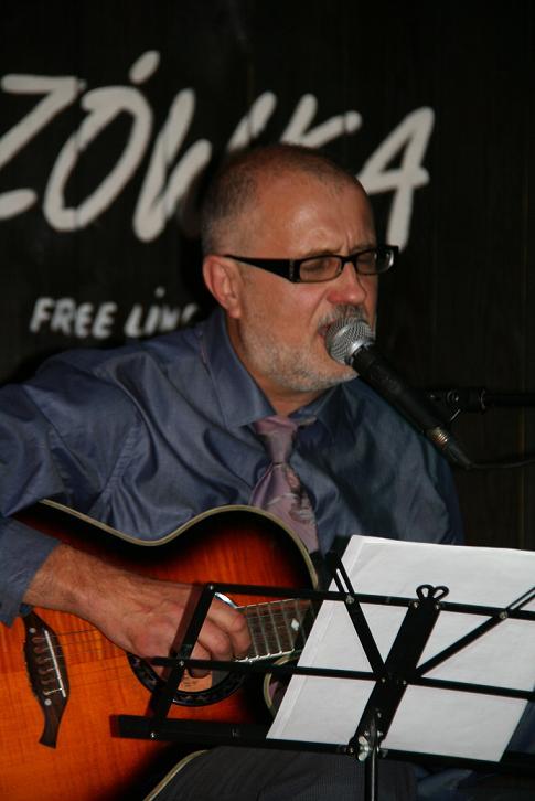 Przeglądasz zdjącia z koncertu: 2013-09-27 Grzegorz Bukała